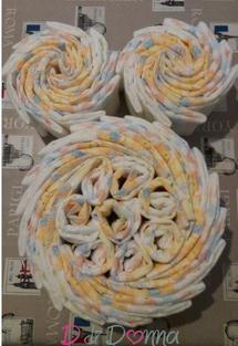 Torte di pannolini: un regalo simpatico ed utile per le neo mamme!