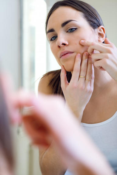 SOS Beauty – Dermatillomania: è possibile uscirne?