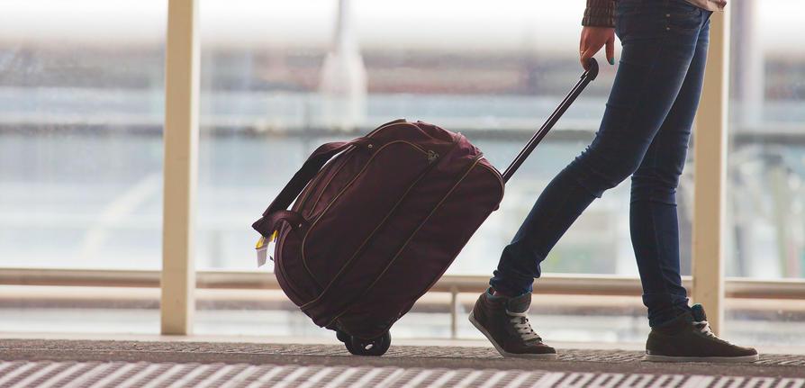 Le 15 COSE INDISPENSABILI da mettere in valigia