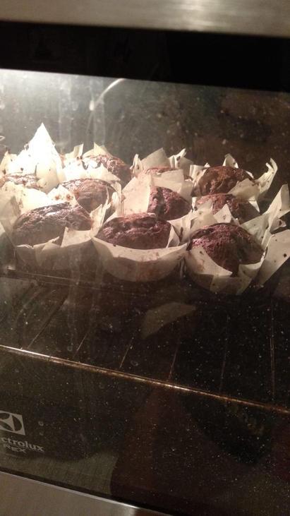 preparazione muffin al cioccolato d di donna