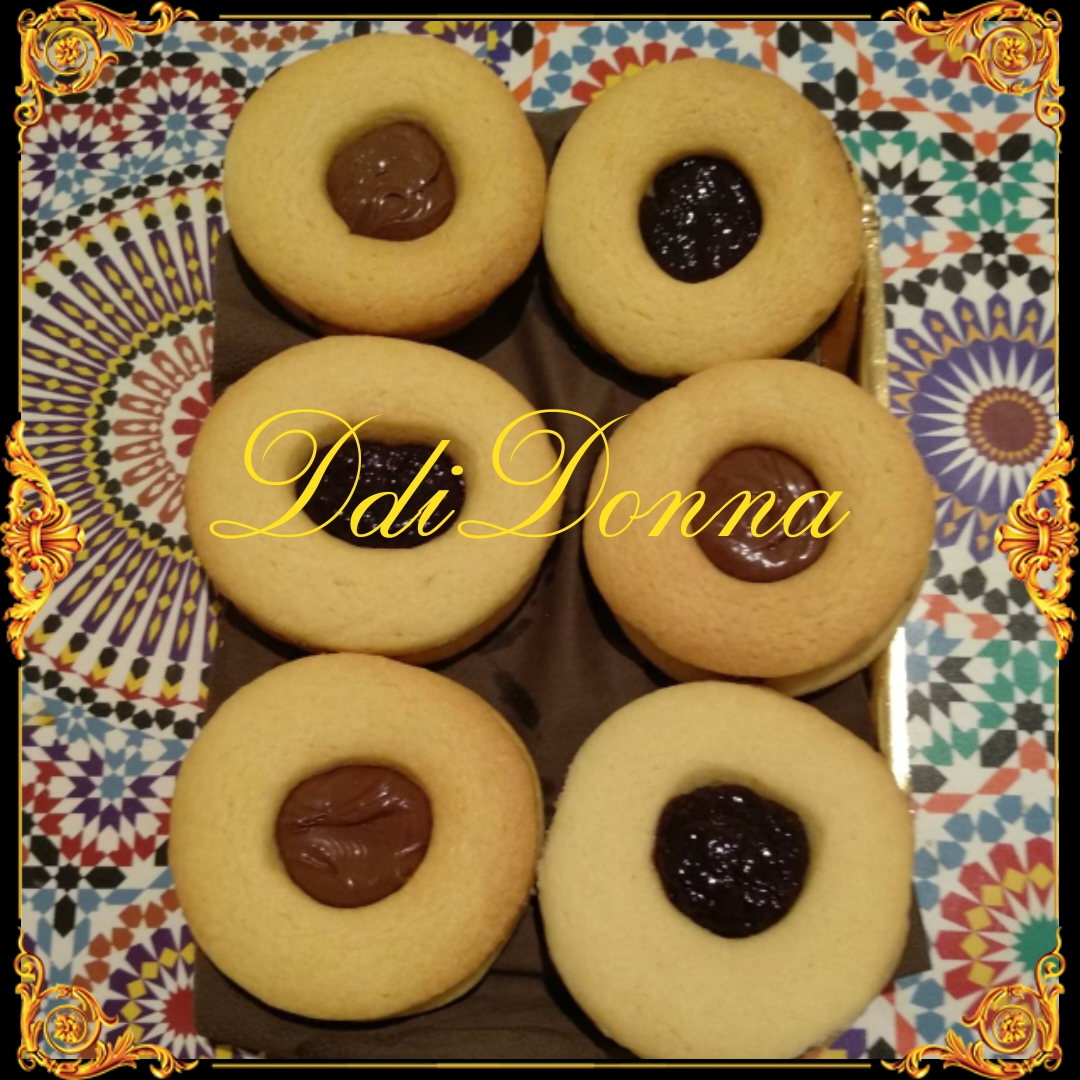Occhi di bue alla nutella: biscotti veloci e buonissimi